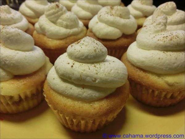 comp_CR_CIMG8884_ApfelkuchenCupcakes