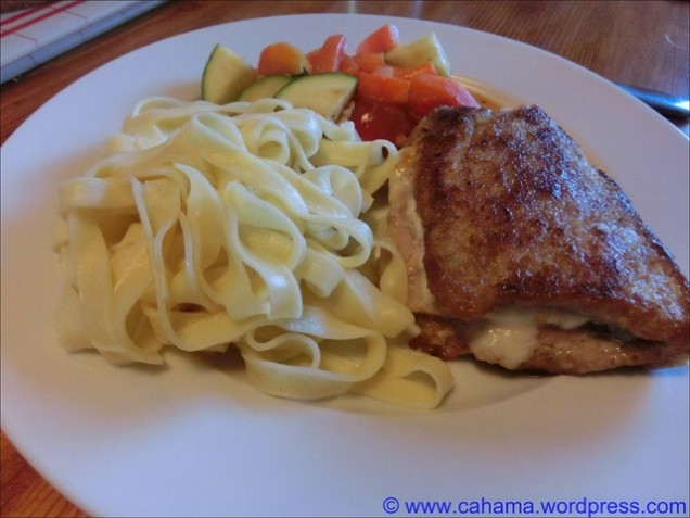 comp_CR_CIMG2080_Kalbs_Cordon_Bleu__Paprika_Zucchini_Tomaten_Gemüse