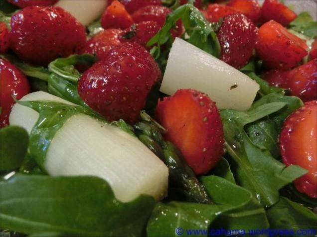 comp_CR_CIMG2373_Spargel_Erdbeer_Salat