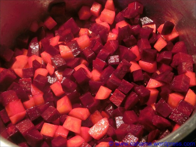comp_CR_CIMG7734_Rote_Beete_Suppe
