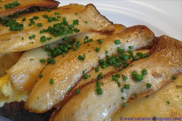 comp_CR_IMG_4523_Toast_Rührei_Kräuterseitlinge