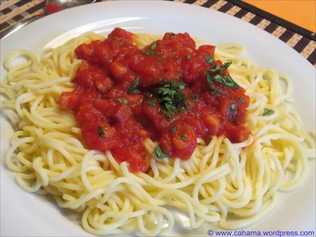 comp_CR_IMG_9111_Spaghetti_all_amatriciana