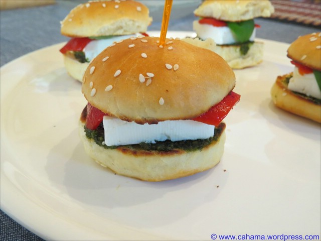 comp_CR_IMG_9434_MiniBurger_vegetarisch