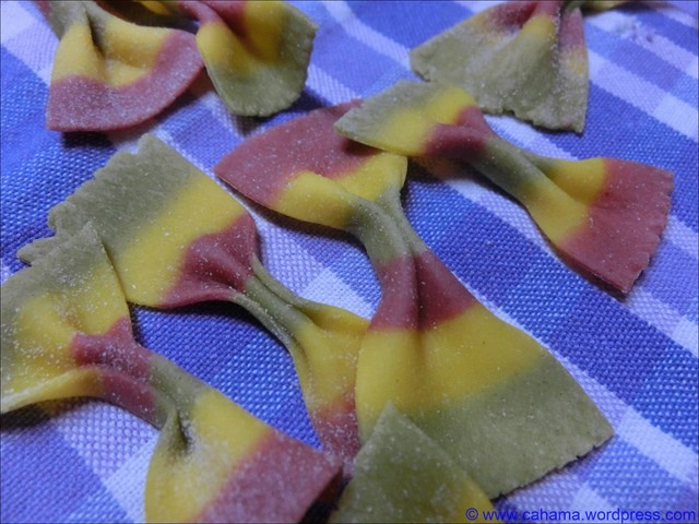 comp_cr_cimg0999_pasta_tricolore