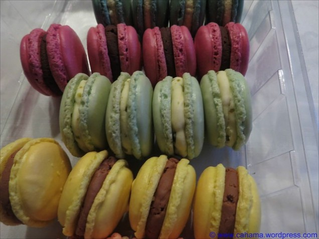 comp_CR_IMG_3672_Macarons_weiße_Schokolade_Pistazie