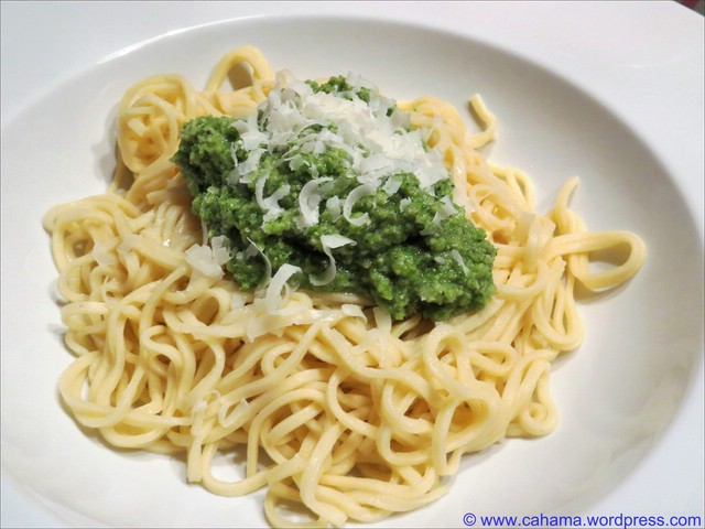 comp_cr_img_2551_spaghetti_mit_broccolipesto